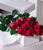 USA Flower USA Florist  USA  Flowers shop USA flower delivery online  ,:The FTD?One Dozen Boxed Roses