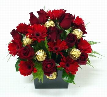 New Zealand Flowers New Zealand flower New Zealand florists :SCRUMPTIOUS RED