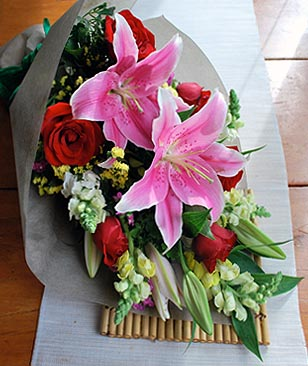 Philippines Lilies & Orchids Philippines,:Contessa