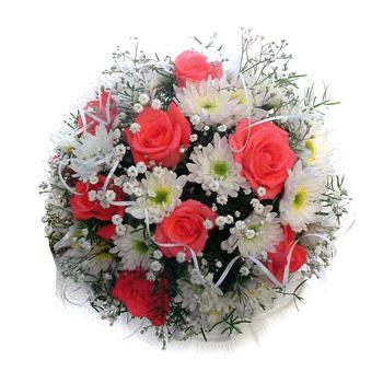 Ukraine Flower Ukraine Florist  Ukraine  Flowers shop Ukraine flower delivery online  :Modern Ukrainian Wedding Bouquet