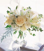 Other Country Roses Other Country,:White Roses & Lilies